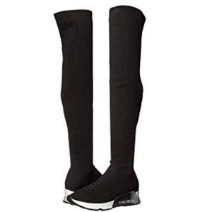 Be Sexy & Sporty in Sneaker over-the-knee boot NWT